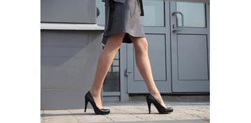 Легкая и уверенная походка - результат заботы о себе